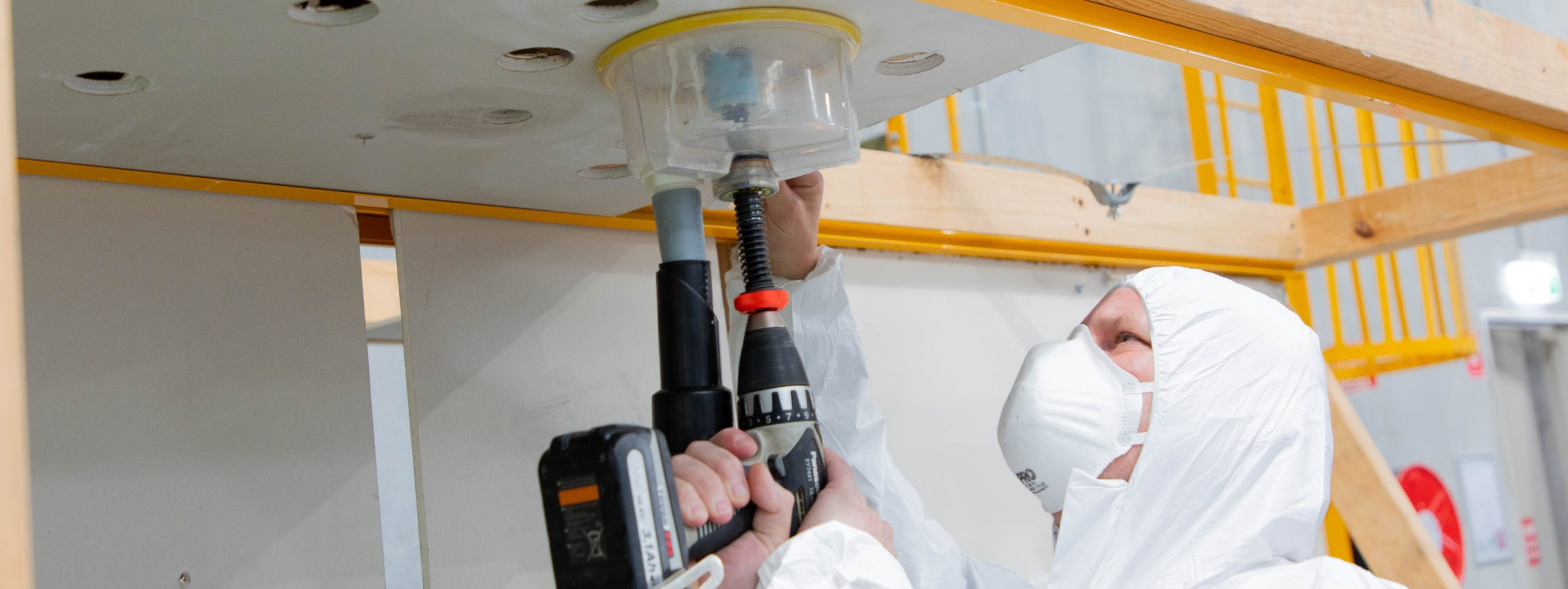 Working safely with asbestos