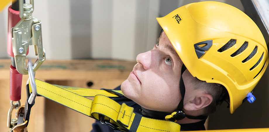 Ensure your confined space entry skills are up to scratch with combined refresher training.