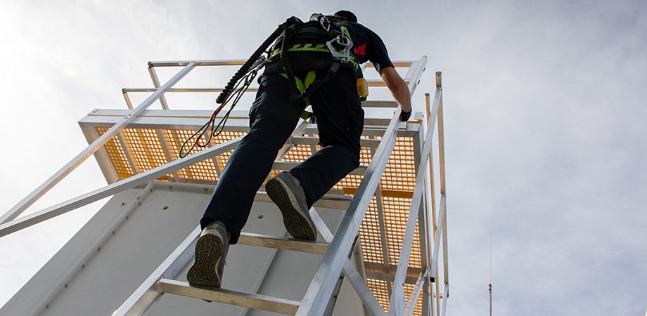 Height Safety Engineers can conduct your annual re-certification inspection.